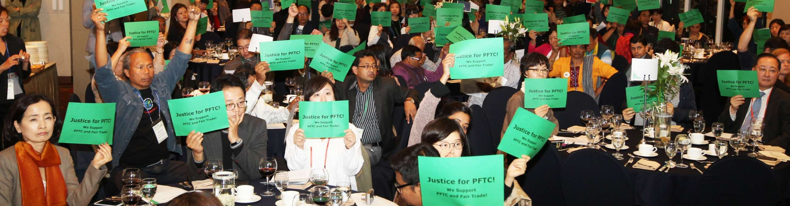 The joint declaration was signed by presidents of WFTO Asia and KFTO during the regional conference of WFTO Asian members in Seoul, Korea, in October.   Photo: PFTC